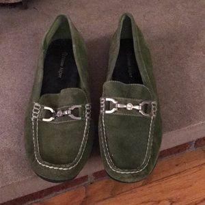 Etienne aigner loafer